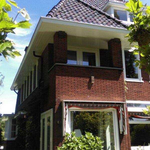 gevelaanzicht villa Naarden, schildersbedrijf J. van Dijk Veenendaal