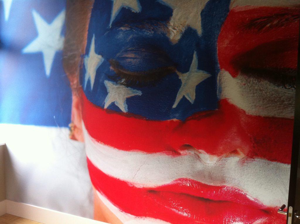 Fotodoek Amerikaans vlag - Schildersbedrijf J. van Dijk & Zn. B.V. Veenendaal